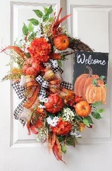 Welcome Pumpkin Wreath